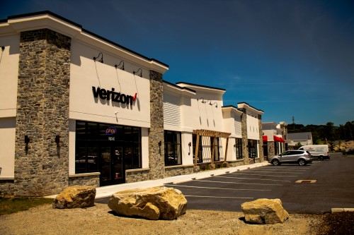 Building I & Verizon Wireless Tenant Fit Out